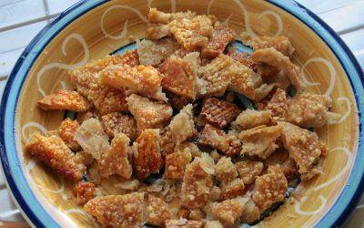 Pork scratchings recipe
