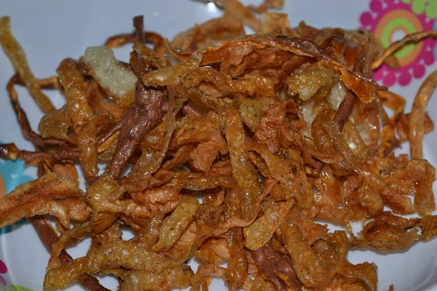 Dog food recipes uk natural delicious and healthy vegetable peeling crisps forumfinder Choice Image