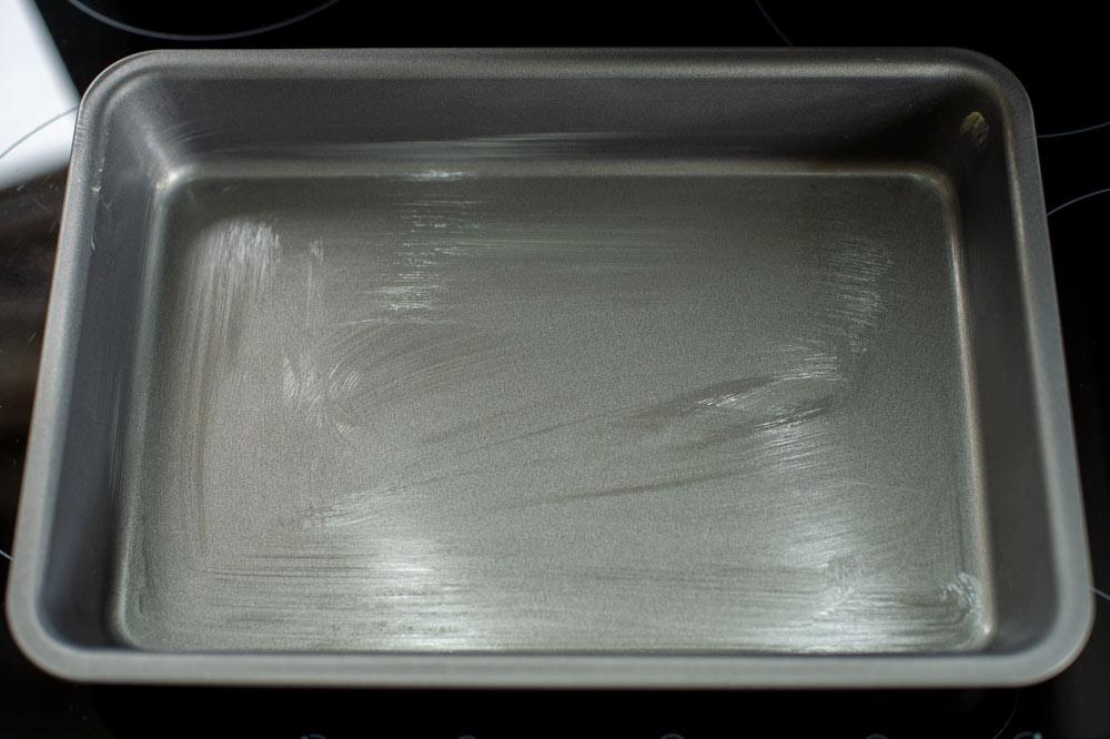 greased baking tray